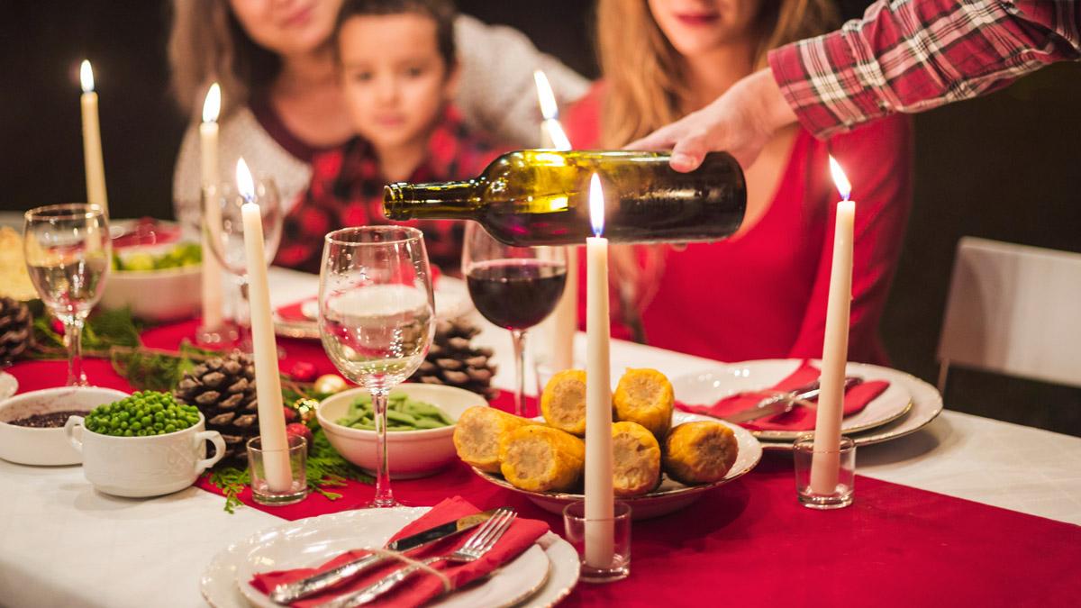 πόνος-στομάχι-κοιλιά-γιορτές-γεύματα-χειρουργός-θεσσαλονίκη-χαρίσης-1